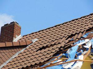 Zerstoertes Dach